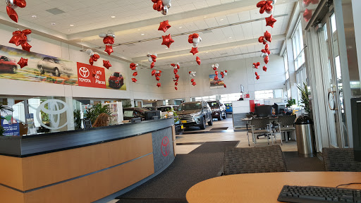Photos. Toyota Dealer «Rudy Luther ...