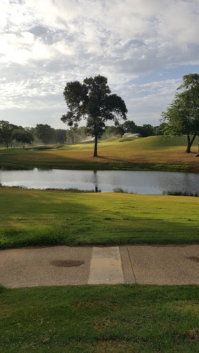 Golf Course «Oak Hurst Golf Course», reviews and photos, 6212 County Rd 152 W, Bullard, TX 75757, USA