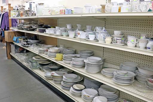 Island Thrift, 600 SE Barrington Dr, Oak Harbor, WA 98277, Thrift Store
