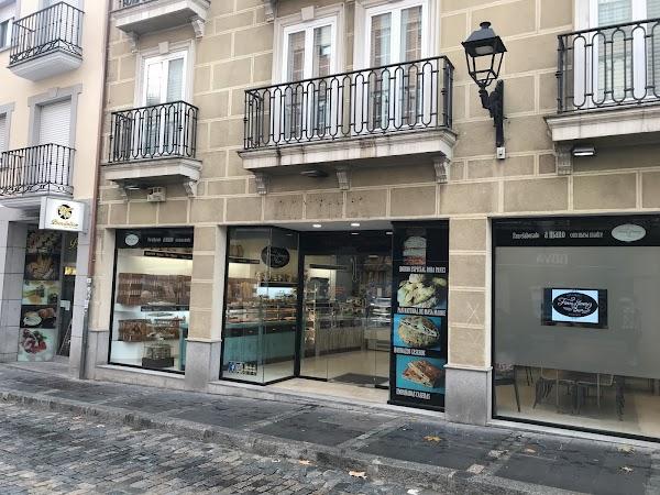 Panadería Flores y Jiménez
