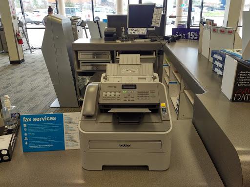 FedEx Office Print & Ship Center, 13311 East Fwy Suite 10, Houston, TX 77015, Print Shop