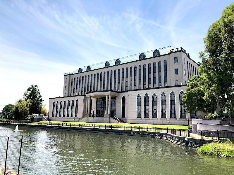 越谷市 中央市民会館