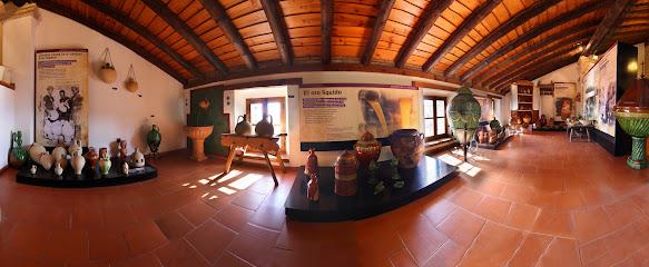 Museo de Alfarería Paco Tito Memoria de lo Cotidiano
