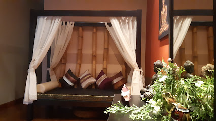 imagen de masajista SIAM THAI MASSAGE & WELLNESS