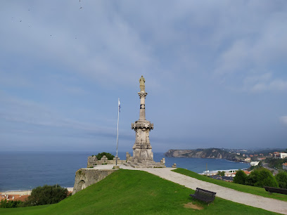Monument to the Marquis de Comillas