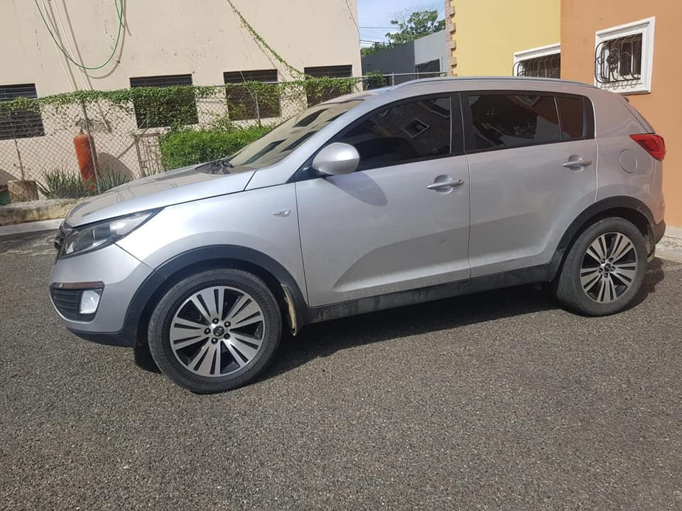 Mambo 2 Rent a Car