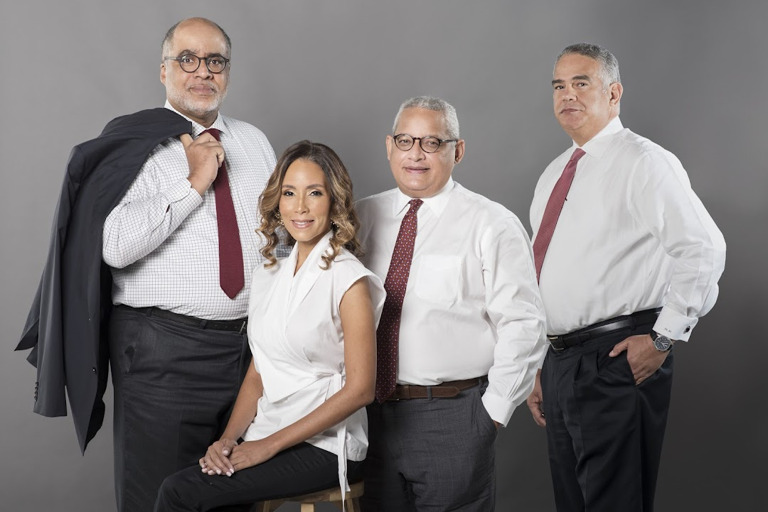 DR&R Abogados y Consultores Fiscales, S.R.L.
