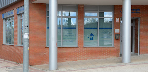 imagen de masajista Physiotherapy Center Living Waters