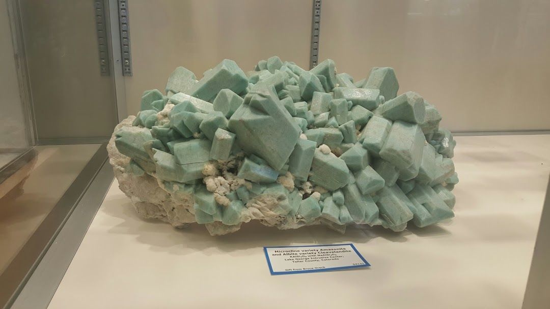 Mines Museum of Earth Science
