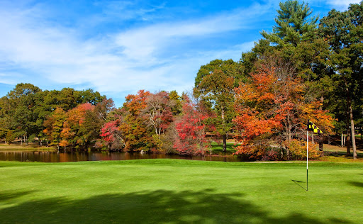 Country Club «Pembroke Country Club», reviews and photos, 94 W Elm St, Pembroke, MA 02359, USA