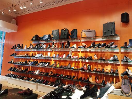 Shoe Blue Sole Shoes Reviews And Photos 1805 Chestnut St 1 Philadelphia Pa 19103