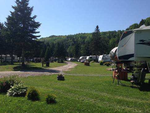 Campground Camping de la Matanie in Saint-René-de-Matane (QC) | CanaGuide