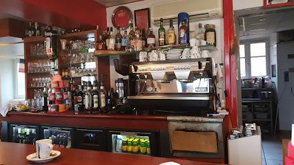 photo du restaurant La Source