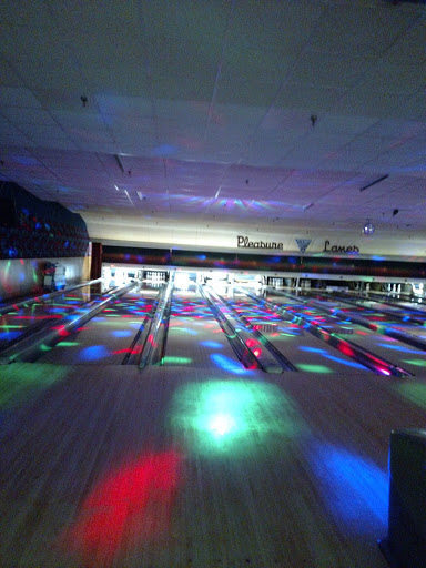 Bowling Alley «Pleasure Lanes», reviews and photos, 144 South Ave, Hilton, NY 14468, USA