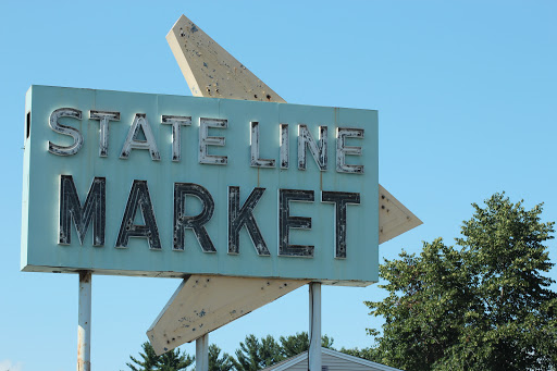 Grocery Store «World Famous State Line Market», reviews and photos, 24 Bridge St, Pelham, NH 03076, USA