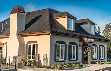 Crema Coffee House & Pastries