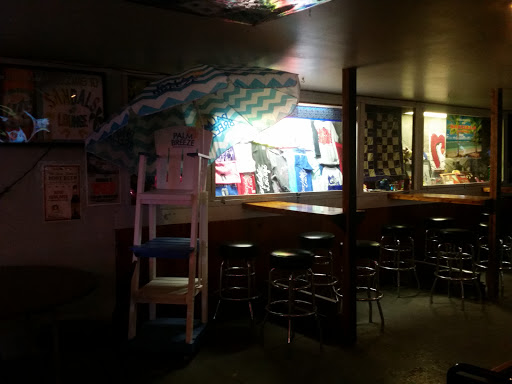Bar «Sandals Lounge», reviews and photos, 208 E Robinson St, Knoxville, IA 50138, USA