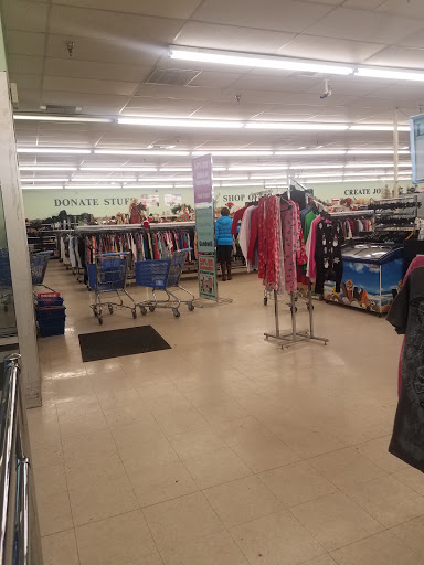 Goodwill Retail Store, 207 Park Hills Plaza, Altoona, PA 16602, Thrift Store
