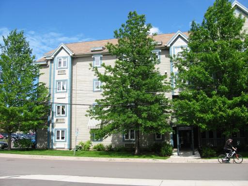 Maison de retraite Golden Terraces Seniors Housing Cooperative LTD à Moncton (NB) | LiveWay