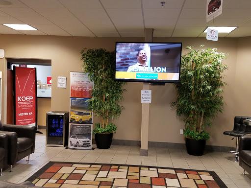 Kia Dealer «Weston Kia», reviews and photos, 22309 SE Stark St, Gresham, OR 97030, USA
