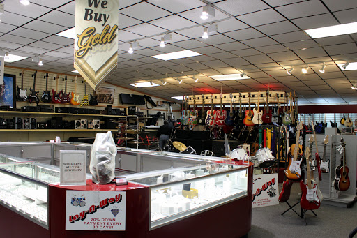 Buckeye Pawn Shop, 2777 S High St, Columbus, OH 43207, USA, Pawn Shop