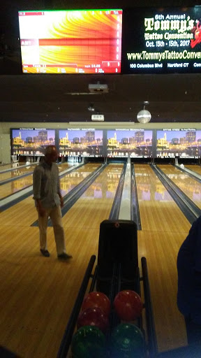 Bowling Alley «Spare Time Vernon», reviews and photos, 350 Talcottville Rd, Vernon, CT 06066, USA