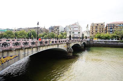 Puente Maria Cristina