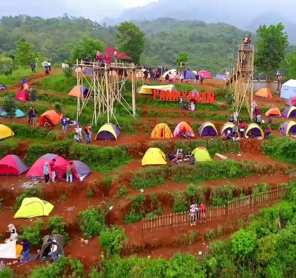 Wisata Alam Bukit Pamoyanan