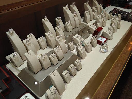 Polgold Jewelers, 63 Cabot St, Chicopee, MA 01013, USA,