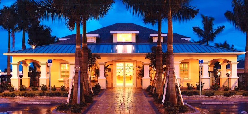WS Fort Myers Exterior