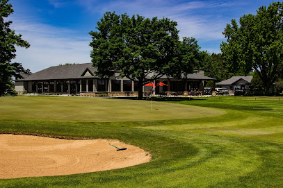 experience-wisdells-things-to-do-reedsburg-country-club