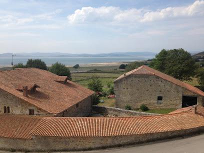 Centro de Visitantes del Embalse del Ebro