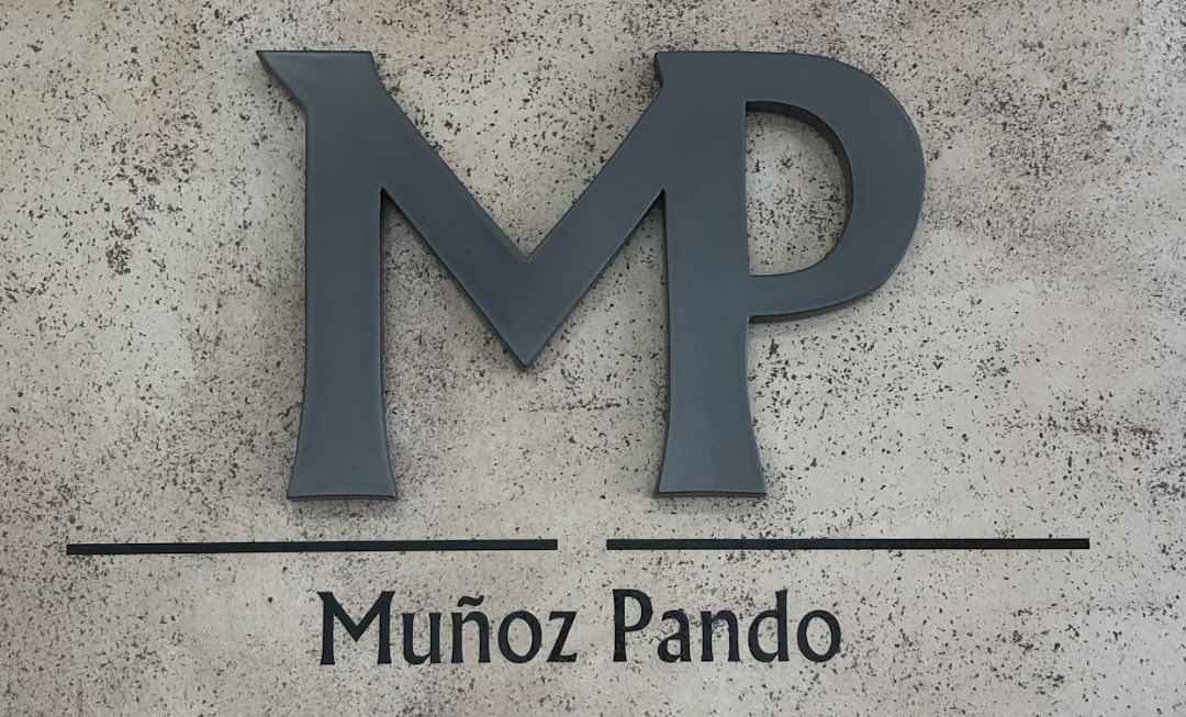 MUÑOZ & PANDO ABOGADOS