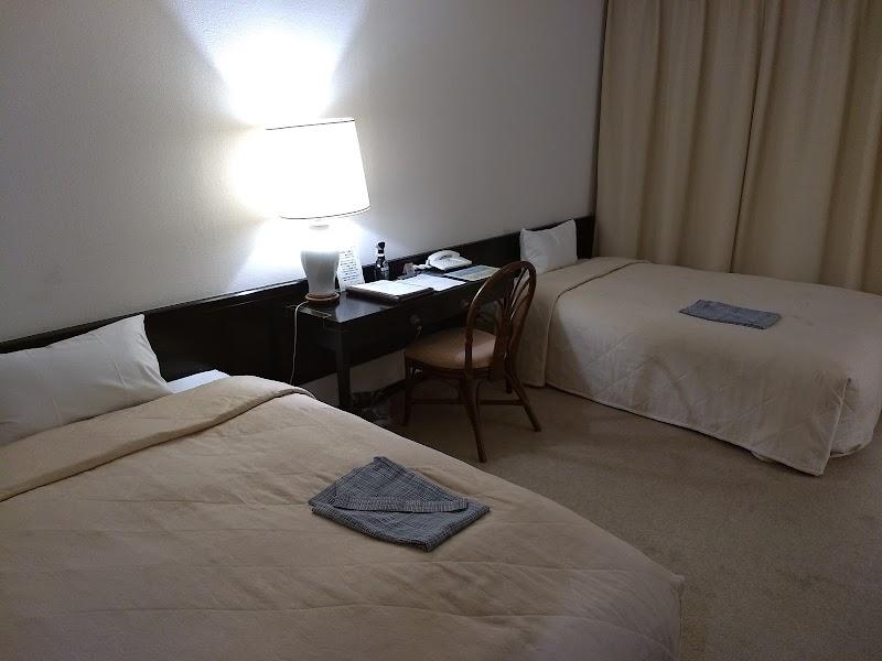 鶴舞ムーンレイクホテル