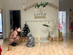 Winnie Academy Little School