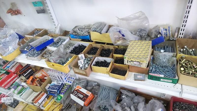 中古工具・タイヤ買取&販売の工具市場 愛知川店 Re-tool株式会社