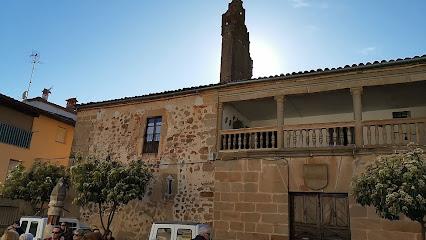 Palacio De Los Manrique De Lara