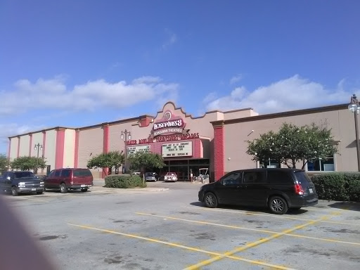 Movie Theater «Schulman Theatres Lost Pines 8», reviews and photos, 1600 Chestnut St, Bastrop, TX 78602, USA