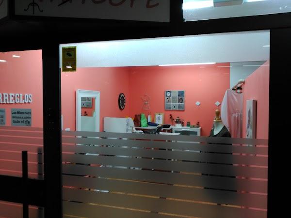 Centro Comercial Xesta. Homeopata SIRA