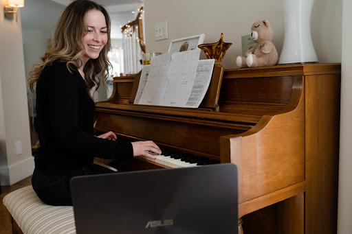 Music School Studio C École de Musique in Lorraine (Quebec)   CanaGuide