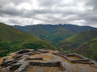 Castro Da Torre De Sobredo