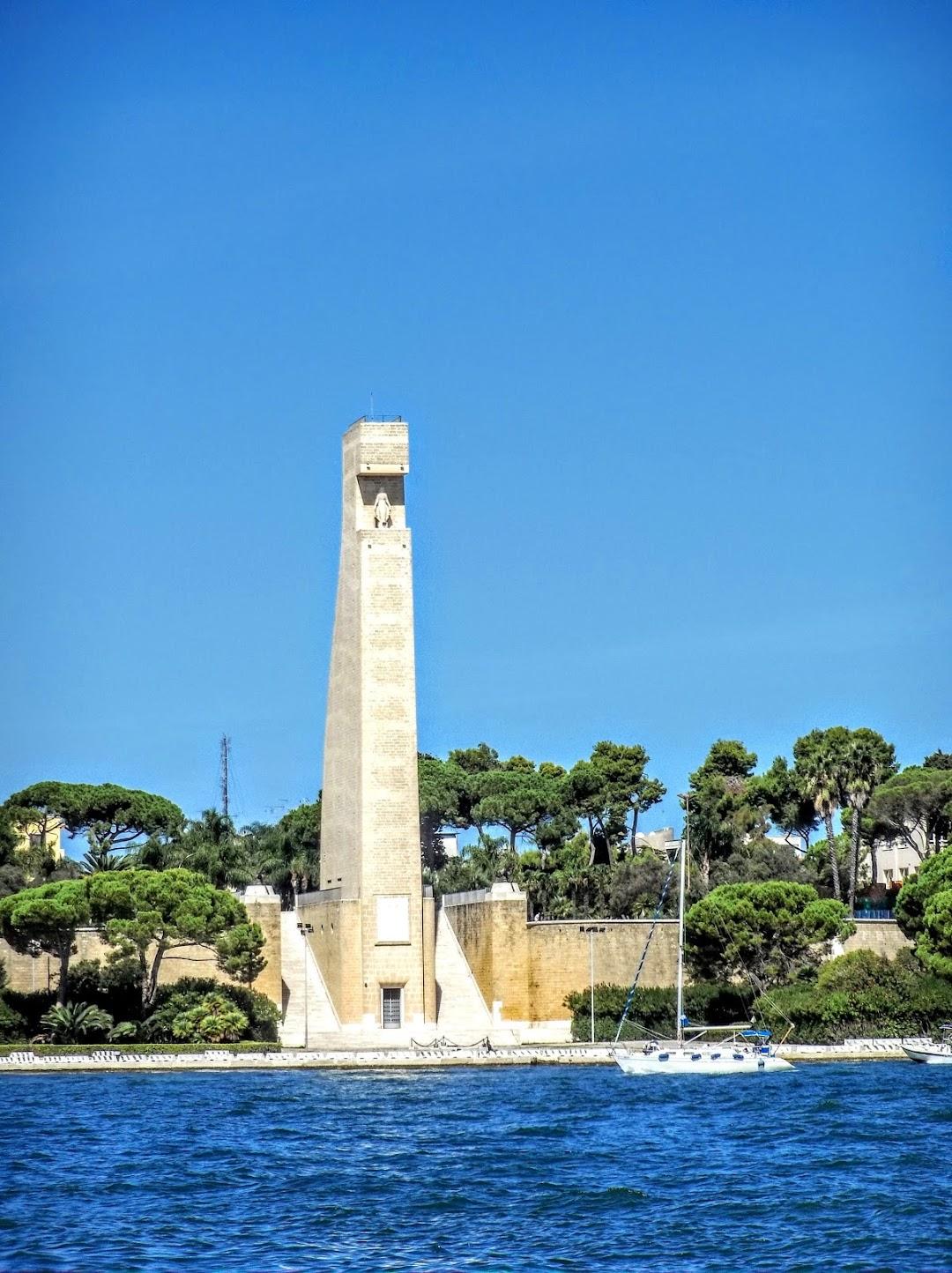 Monumento al Marinaio dItalia Brindisi