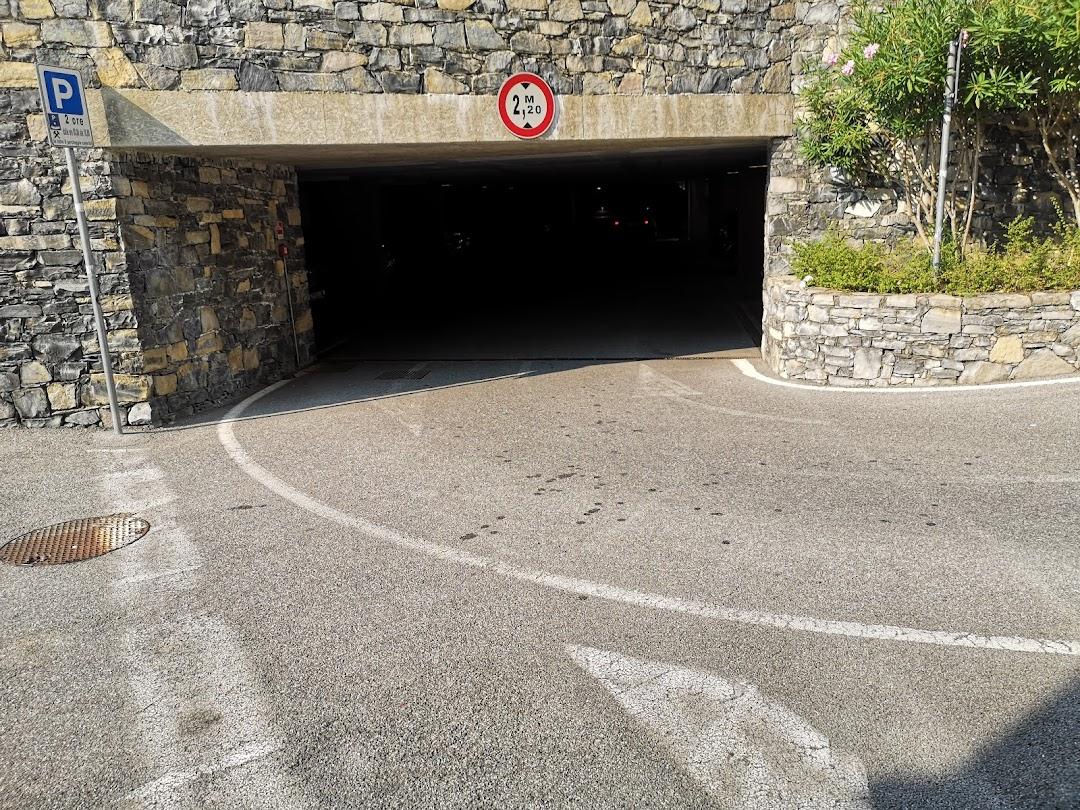 Parcheggio pubblico Via Cesare Battisti