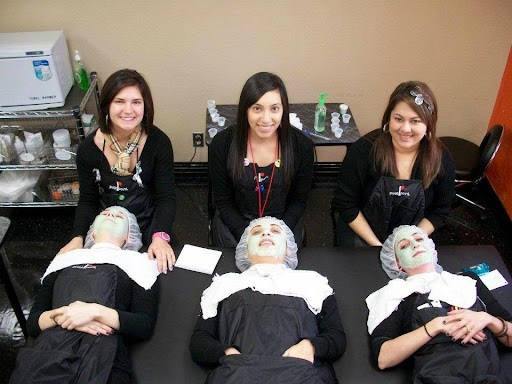 Beauty School «Charles & Sues School of Hair Design», reviews and photos