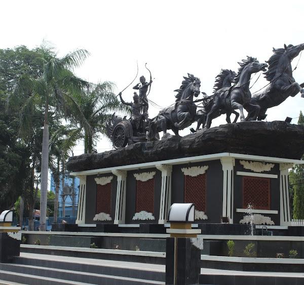 Monumen Arjuna Wiwaha Cepu