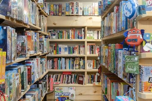 Jeux de société Librairie D'occasion à Matane (QC)   CanaGuide