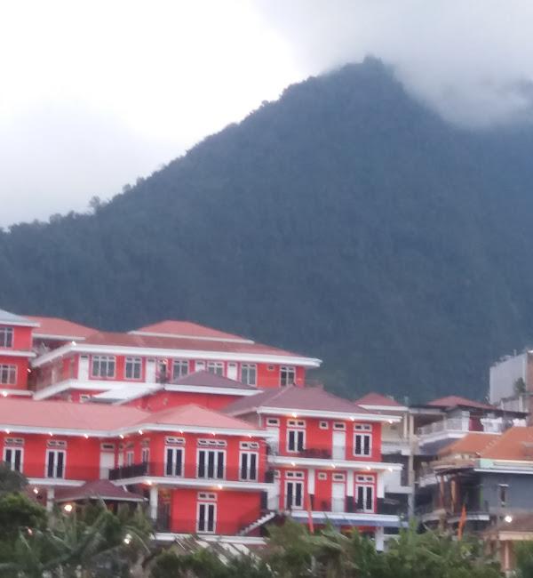 Hotel Merah