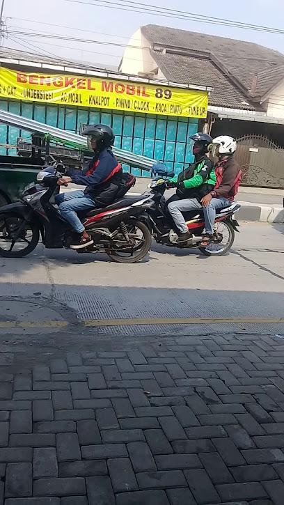 P. E. S. Net - Jl. Wolter Monginsidi  Semarang