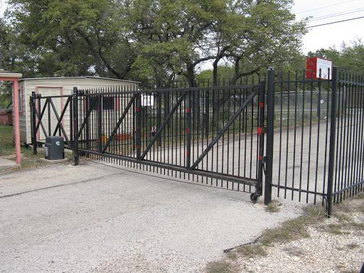 Hudson Bend Boat & Campers Storage, 4704 Hudson Bend Rd, Austin, TX 78734, Boat Storage Facility