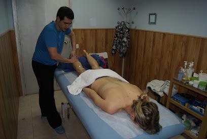 imagen de masajista Acupuntura, Ayurveda, Homeopatía,Osteopatia Ki Centro de Masaje